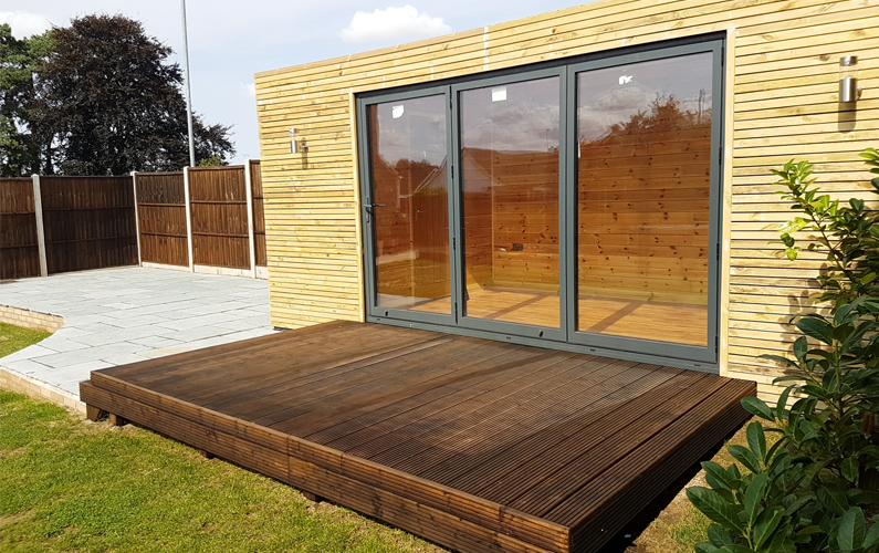 all year round garden rooms